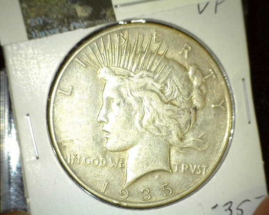1935 P U.S. Silver Peace Dollar. Super nice.