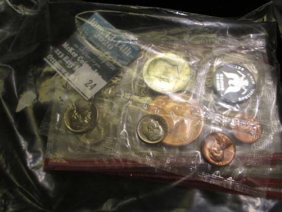 1969, 77, 87, & 89 Red Pack cellophane U.S. partial Mint Sets; 1977 Denver Mint Souvenir Set with me