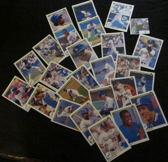 Small Group Of 1990 Upper Deck Baseball Cards.