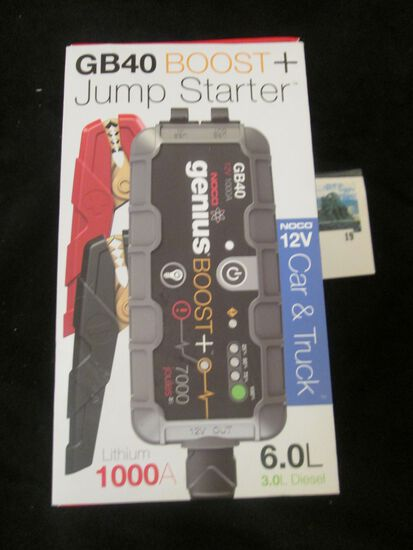 NOCO 12 volt car and truck GB40 boost plus jump starter, in box with all accessories, connection cor