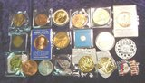 2576. (19) Different Medals, Tokens, Commemoratives.