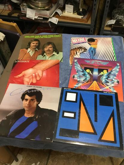 Vintage group of six piece record albums various artists vinyl in good condition