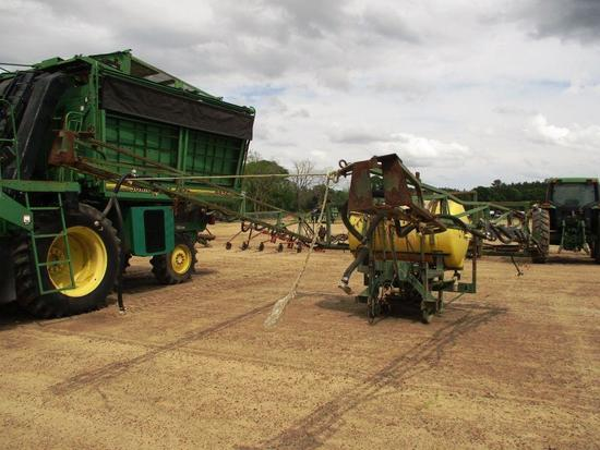 VANS 300 GALLON BOOM SPRAYER POLY TANK, FRONT FOLD BOOMS, PTO DRIVEN W/ SHAFT, 3PT