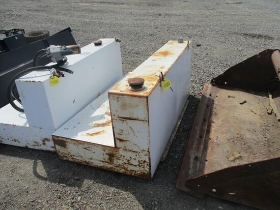 105 Gallon Fuel Tank w/Pump
