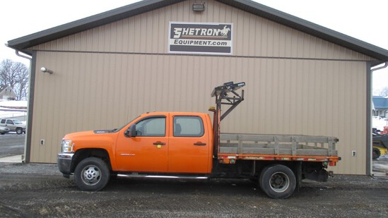 2012 Chevy 3500 Flatbed Pick-Up Truck