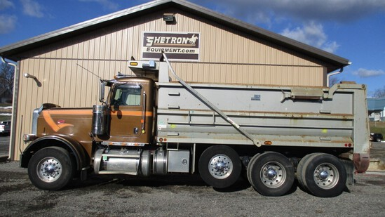 2011 Peterbuilt 388 Tri-Axle Dump Truck