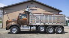 2015 Kenworth T880 Tri-Axle Dump Truck