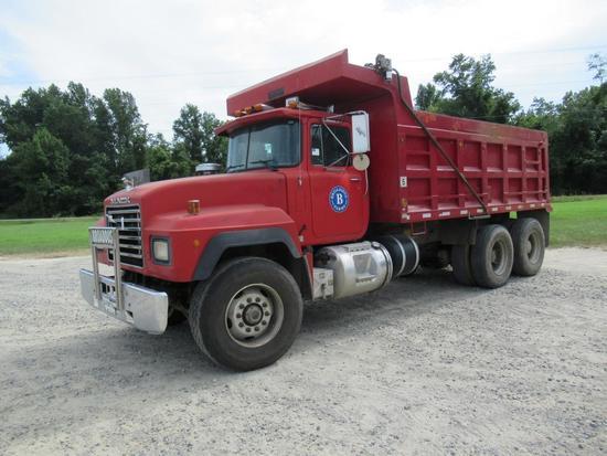 1993 Mack RD690S T/A Dump
