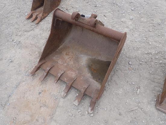"""Werk Brau 34"""" Tooth Excavator Bucket"""