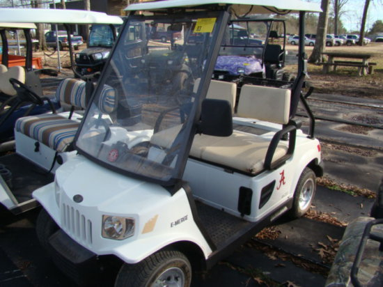 TOMBERLIN GOLF CART