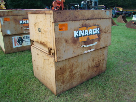 KNAACK JOB BOX (METAL)