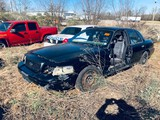 (INOP) (T) 2004 FORD CROWN VICTORIA