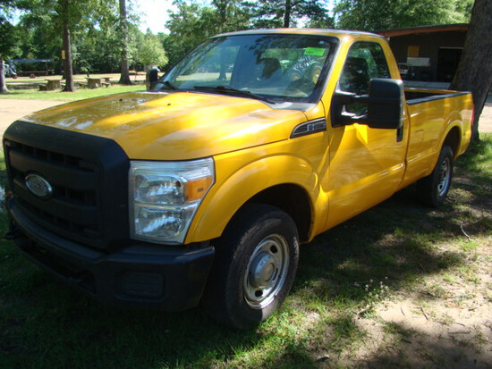 (NO RESERVE) (T) 2012 FORD F250 TRUCK