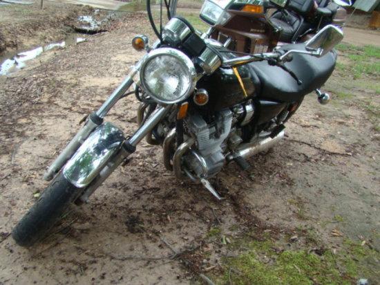 (T) 1980 YAMAHA MOTORCYCLE