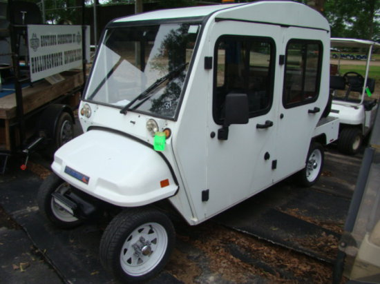 (TC) 2010 COLUMBIA PACK ELECTRIC CART