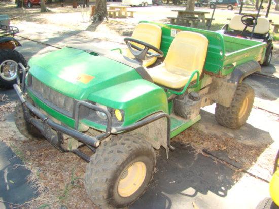 JOHN DEERE GATOR SIDE BY SIDE 4X4 ATV