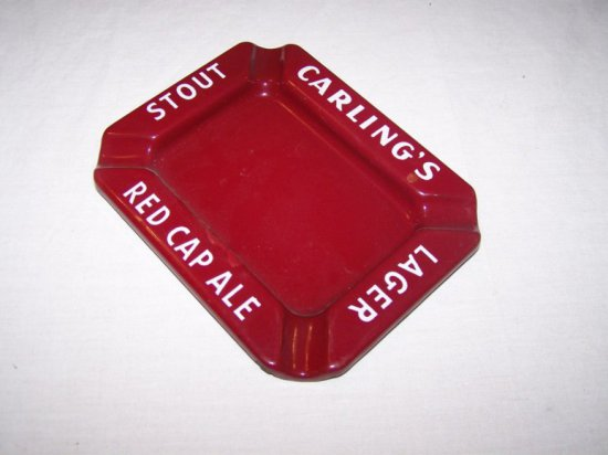 """CARLING'S RED CAP ALE STOUT & LAGER PORC. ASHTRAY 6""""X 5"""""""