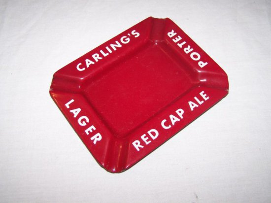 """CARLING'S PORTER, RED CAP ALE & LAGER PORC. ASHTRAY 6""""X 5"""""""