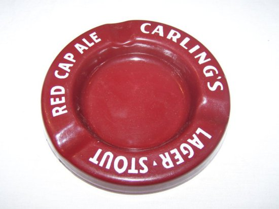"""CARLING'S LAGER, STOUT RED CAP ALE PORC. ASHTRAY 6"""""""