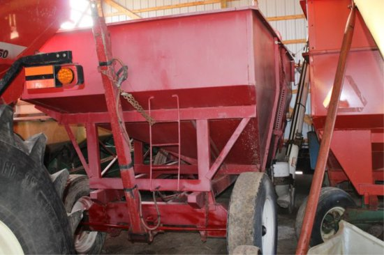 GRAVITY BOX, WAGON & MARKET POLY BRUSH AUGER