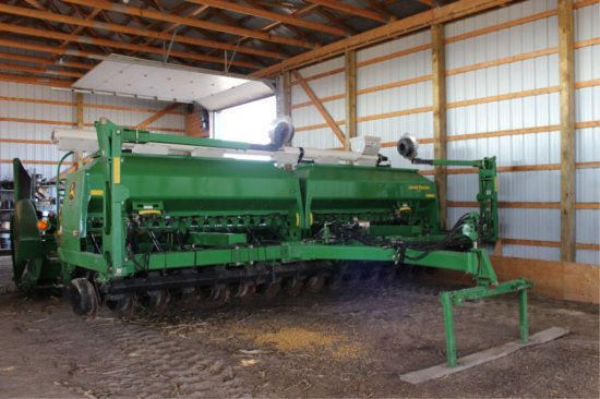 2005 JOHN DEERE 1590 20' NO TILL DRILL J.D. MARKERS, 2PTH, MARKET CROSS AUG