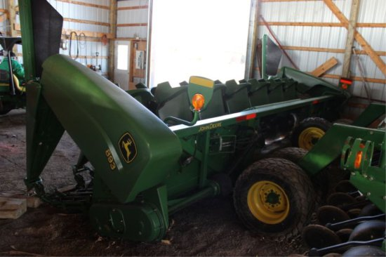 JOHN DEERE 893 8RN CORN HEAD POLY SNOUTS, NEW ROLLS, DECK PLATES, CHAINS, S