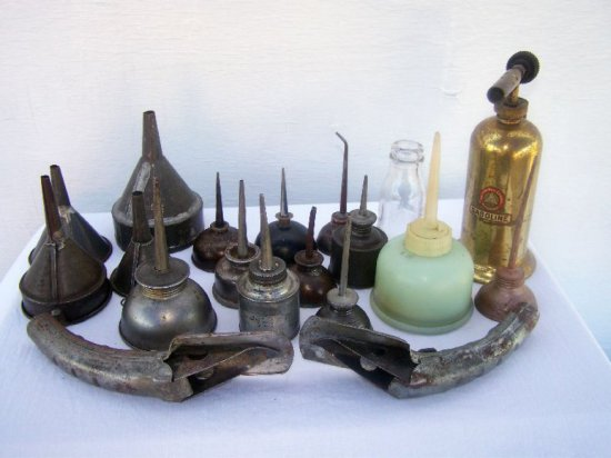 LOT OF SMALL OILERS-SPIGOT'S-FUNNELS-GASOLINE  TORCH