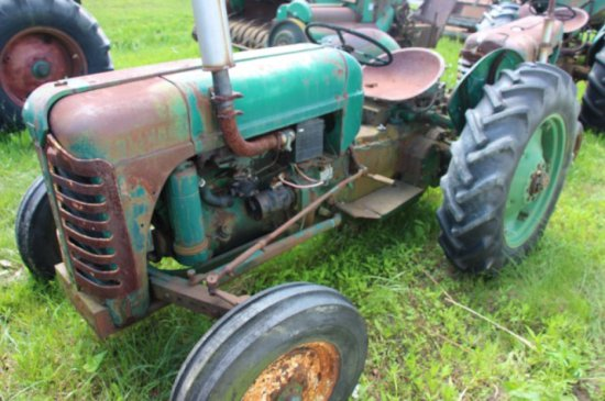 OLIVER SUPER 55 GAS TRACTOR - PARTS ONLY