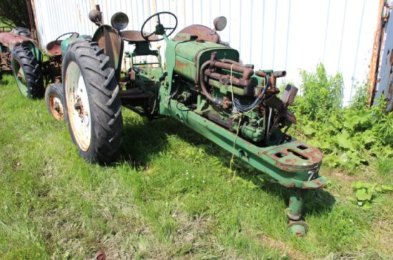 OLIVER 70 ROW CROP TRACTOR - PART ONLY