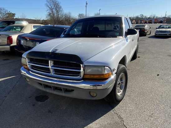 2000 Dodge Dakota with Bill of Sale Tow# 94981 Item 9