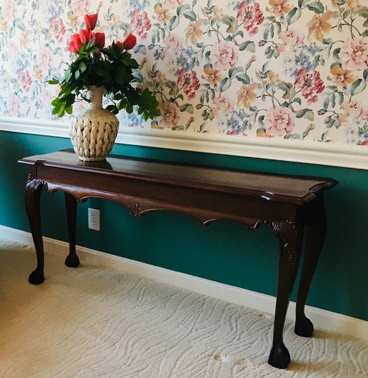 Newer Chippendale Style Entry / Sofa Table