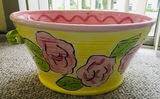 Whimisical Grace Ceramic TUB W/Three Rosed PINK