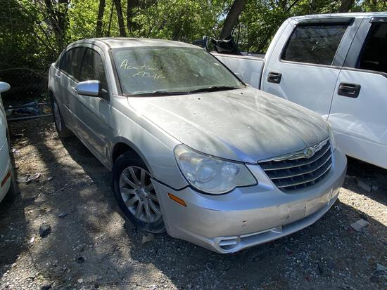 2010 Chrysler Sebring Silver Tow# 98757