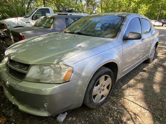2008 Dodge Avenger Silver Tow# 98299