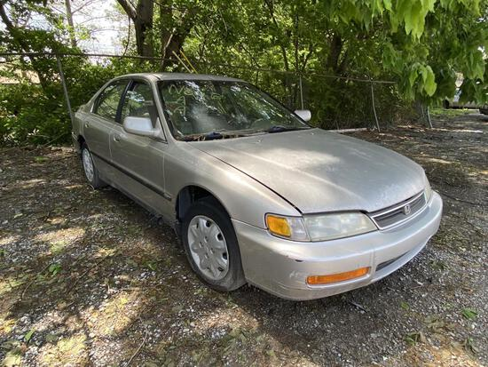 1997 Honda Accord Tow# 98477