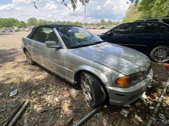 2002 BMW 325 Convertible Tow# 98081