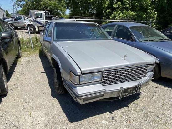 1988  CADILLAC  DEVILLE   Tow# 99808