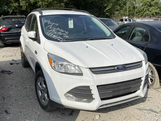 2013  FORD  ESCAPE   Tow# 88623