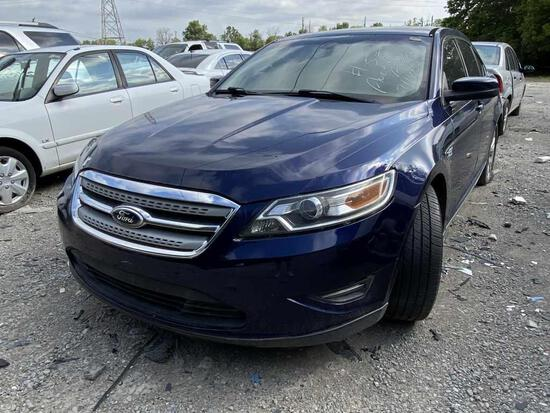2011  FORD  TAURUS   Tow# 100422