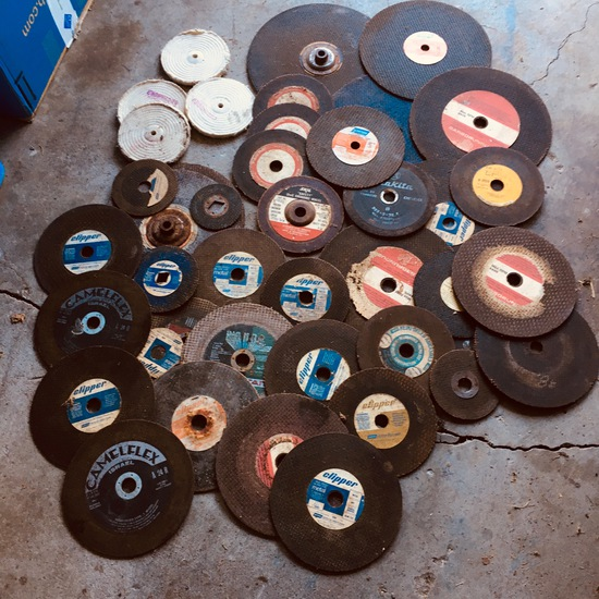 Large Assortment of Disc Grinding Wheels. All Sizes, Various Brands