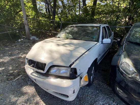 1999  VOLVO  S70   Tow# 102163