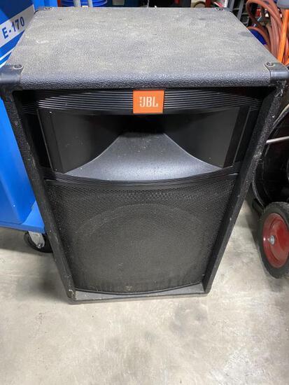 JBL Pro Audio Speaker Cabinet Model TR125