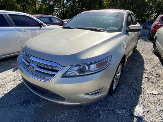2010 Ford Taurus SEL Tow#97890