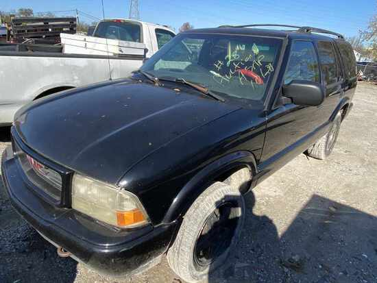 1999  GMC  JIMMY   Tow# 101414