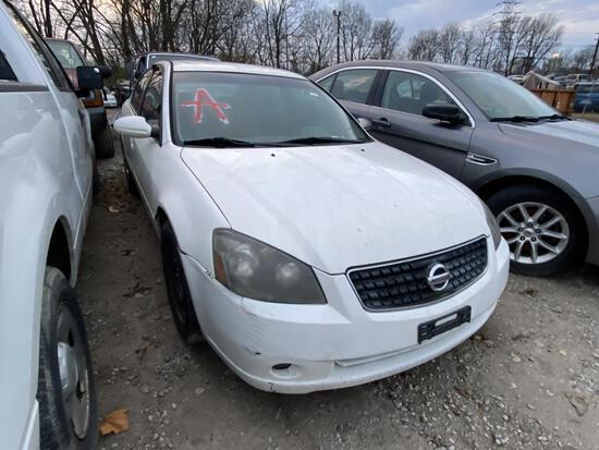 2005 Nissan Altima Tow# 103667