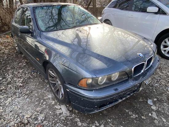 2003  BMW  525i   Tow# 104683
