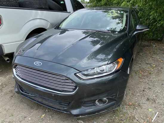2015  FORD  FUSION   Tow# 105896