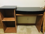 Computer desk with pull out keyboard