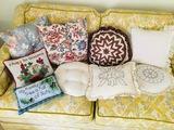 9 Pillows, Candlewick, Quilt, Textile Art.