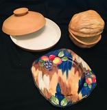 Serving bowls & decorative plate